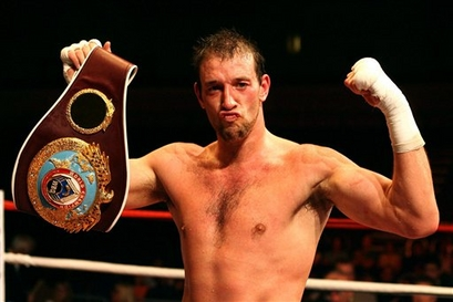 Real Combat Media UK- British Cruiserweight Division divided as Enzo Maccarinelli vacates the title
