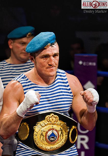 Денис Лебедев удержал титул Чемпиона Мира