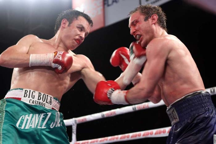 photo Julio Cesar Chavez Jr vs Billy Lyell