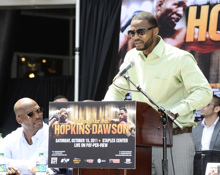 http://www.boxnews.com.ua/photos/2791/Bernard-Hopkins-Chad-Dawson2.jpg