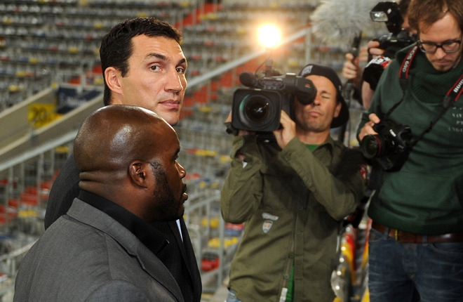 Photos - Wladimir Klitschko vs Jean Marc Mormeck - Boxing news ...