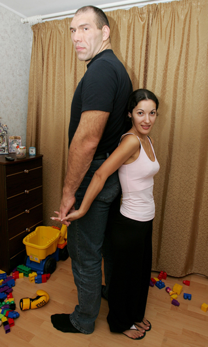 http://www.boxnews.com.ua/photos/293/Nikolai-Valuev70.jpg
