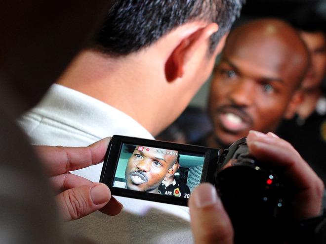Голые знаменитости Откровенные фото и видео знаменитостей