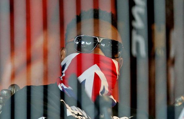 Смотрите фотогалерею Дерек Чисора во время пресс-конференции перед боем