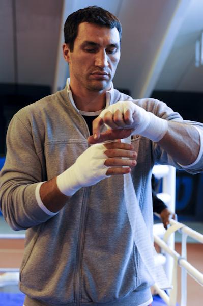 Awe Inspiring Wladimir Klitschko Vs Chambers Is Next Povetkin Later World Short Hairstyles Gunalazisus