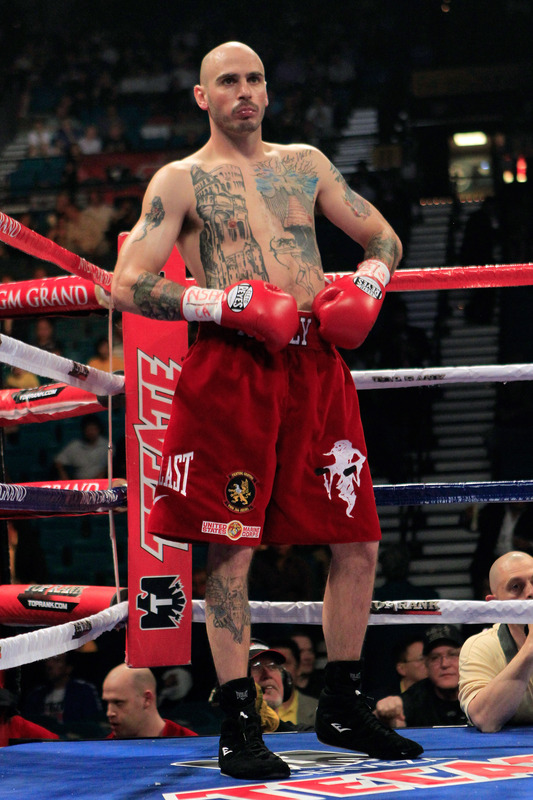 See gallery - Kelly Pavlik